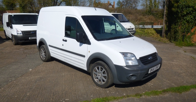 61 Reg FORD TRANSIT CONNECT 90 T230